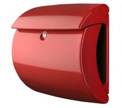 Műanyag postaládák